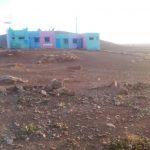 شاهد صورة أسوأ ملعب رياضي لمؤسسة تعليمية بمديرية إقليم سيدي إفني