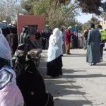 ساكنة جماعة تغجيجت تحتج أمام مقر الجماعة تطالب بإعفاء الساكنة من رخص البناء