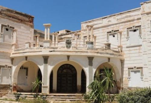 """بنايات إسبانية بسيدي إفني آيلة للسقوط … """"المستعمر البخيل"""""""
