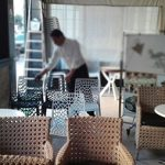 ابتداء من الغد  .. استئناف المقاهي والمطاعم لأنشطتها الخدماتية